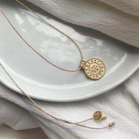 Thread  Necklace Iris